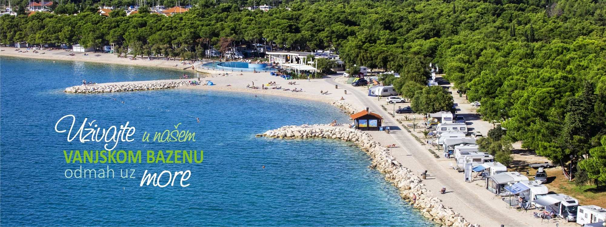 Solaris_camping_beach_resort_hrvatska_vanjski_bazen_uz_more_ponuda