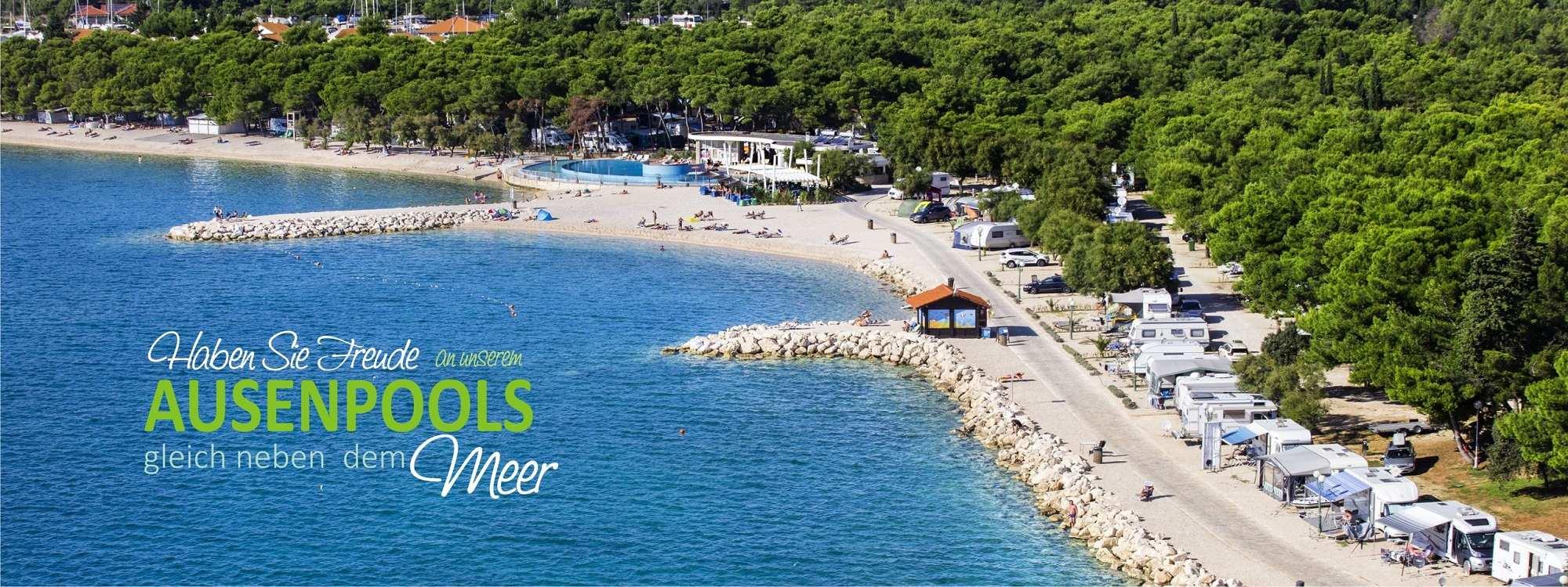 Solaris_camping_beach_resort_kroatien_ausenpool_gleich_neben_dem_meer_angebot
